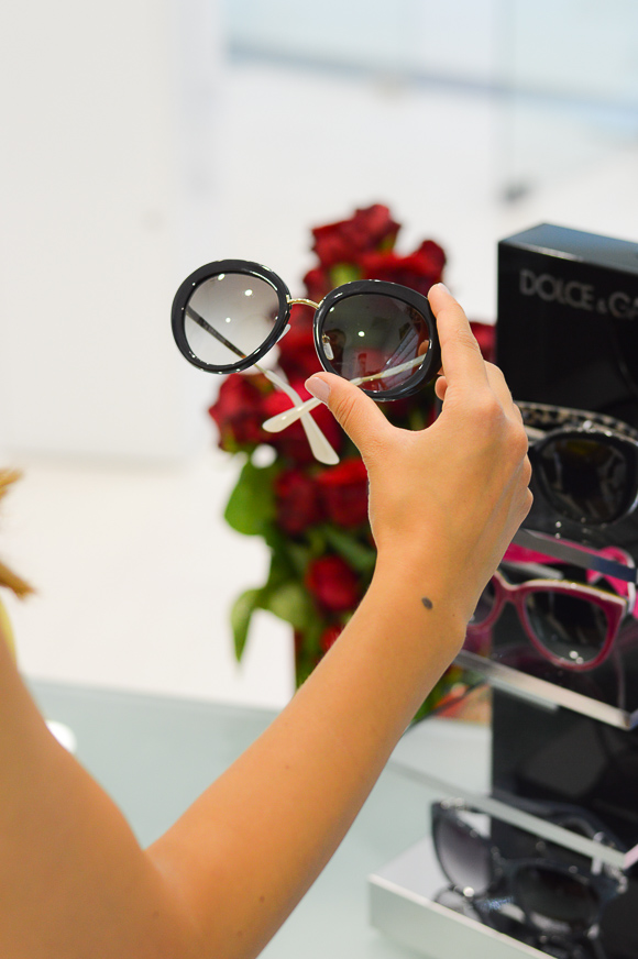 Очила Prada подбрани от българския моден блогър Денина