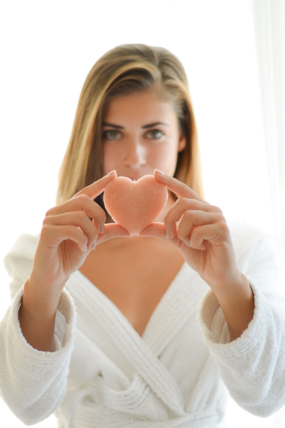 Denina Martin using a Konjac Sponge with Pink French Clay for Devitilised Skin