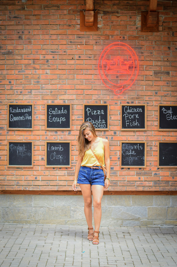 Retro-Vibe-Down-Town-Denim-Shorts-Denina-Martin-11