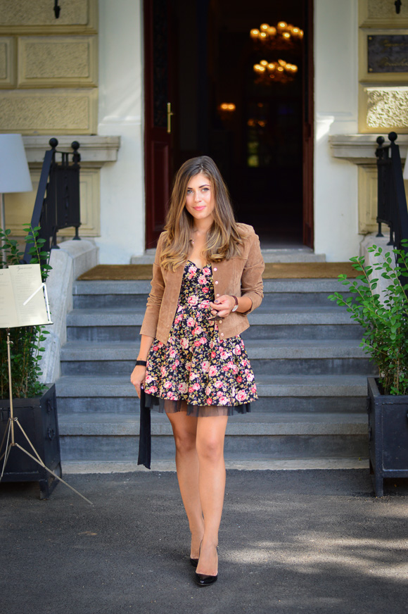 Chic-Floraw-Dress-Denina-Martin-2