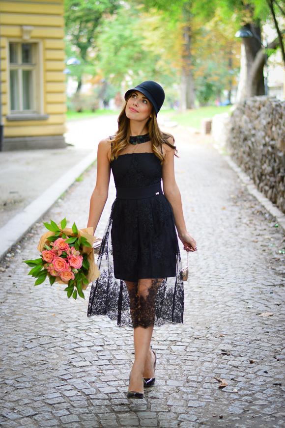 Retro-Lady-in-Black-Liu-Jo-Bulgaria-Mall-Denina-Martin-8