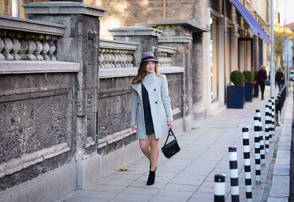 Grey-Coat-Trend-Fashion-days-Denina-Martin-15