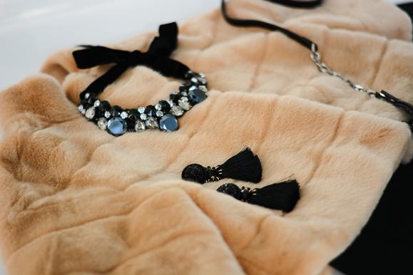 Three-Current-Obsessions-fur-velvet-statement-jewelry-bulgaria-mall-Denina-Martin-6
