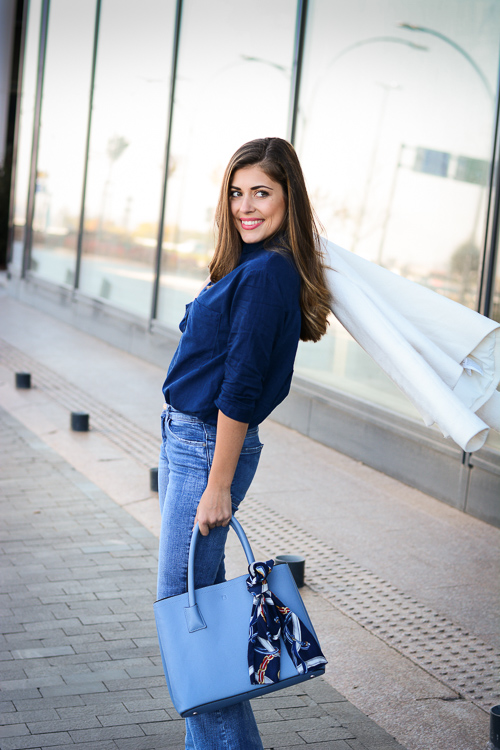 Blue-Flare-Jeans-Look-Denina-Martin-7