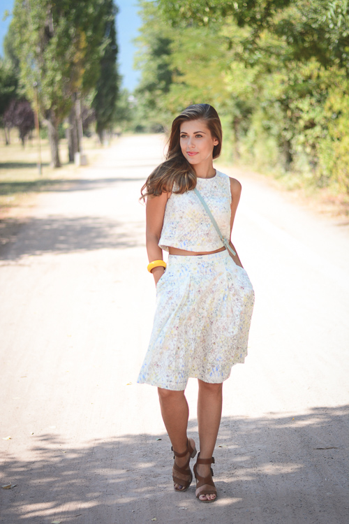 Wearing Esprit Lace Skirt and Crop Top