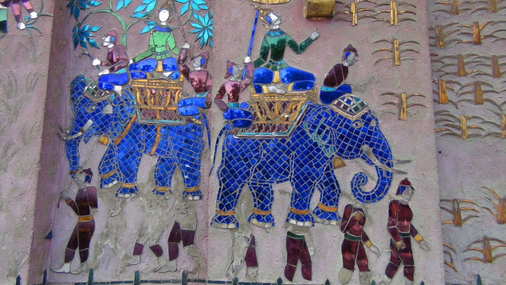 Detail of mosaic at Wat Xieng Thong Sim. Looks familiar, doesn't it?