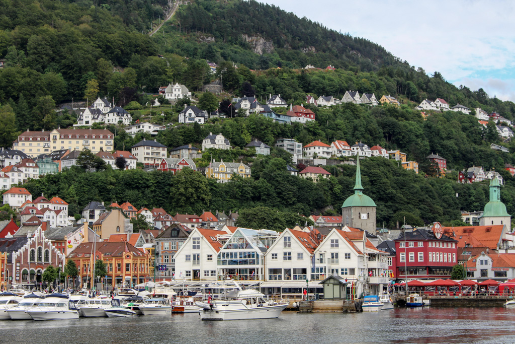 Bergen feels a little like San Francisco. It even has cable cars.