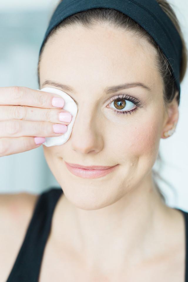 Step 1 Eye Makeup Oil Based Remover