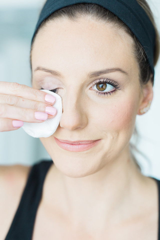 5 Steps To Remove Makeup Denise