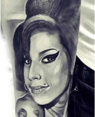 Denis Trevisani, tatautore Verona - Tatuaggio Amy Winehouse