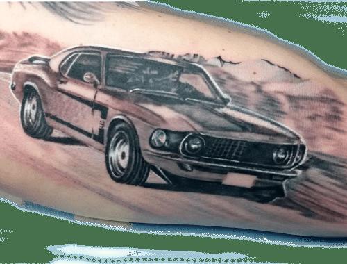 Denis Trevisani, tatautore Verona - Tatuaggio Mustang
