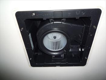 三菱VD-15ZC9浴室換気扇交換後
