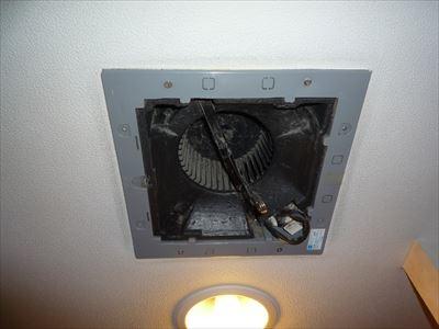 天井埋込換気扇通常の取付け-良い例