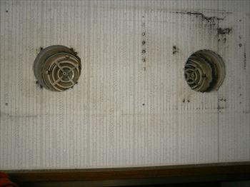 ロスナイ換気扇吸排気開口穴