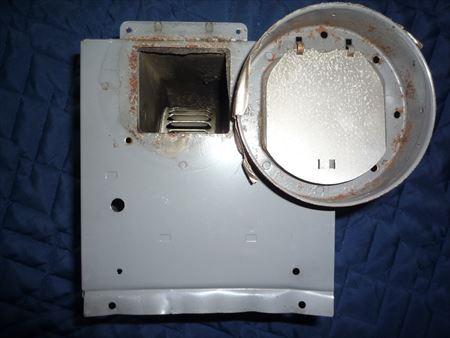 三菱V-10Z4のダクト接続口