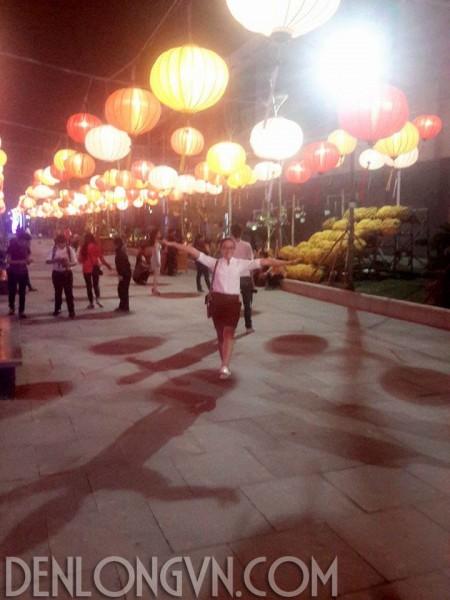 den long trang tri hellio center da nang e1434446372342 Ưu đãi miễn phí vận chuyển đèn lồng Hội An tại Đà Nẵng