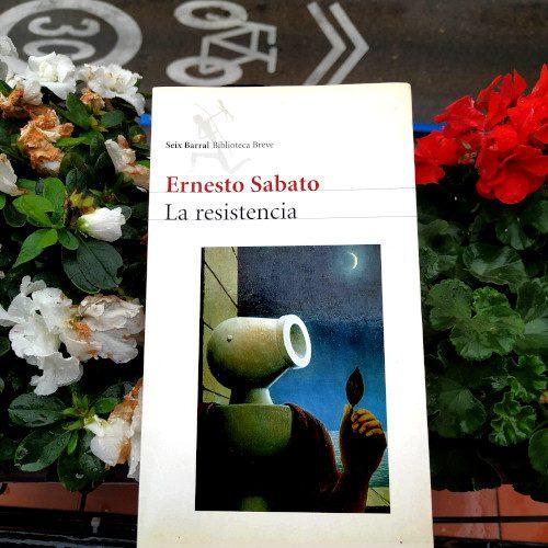 """Portada de """"La resistencia"""" de Ernesto Sábaato. Ed. Seix Barral"""