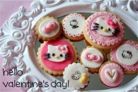 Hello Kitty fondant cookies