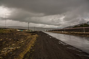 rainy-dirty-road-out-of-rio-turbio