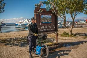 ushuaia-fin-del-mundo-sign