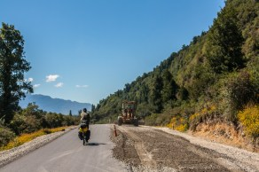 carretera-austral-slowly-turning-from-ripio-to-pavimento