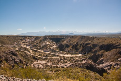 into-the-canyon-and-tunnel-to-agua-del-toro