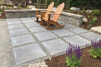 paver and gravel patio area