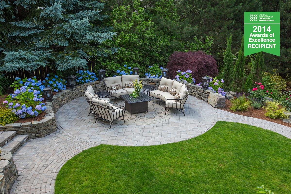 tranquil garden landscape feature photo