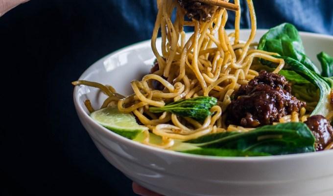 Hoisin Spaghetti & Meatballs