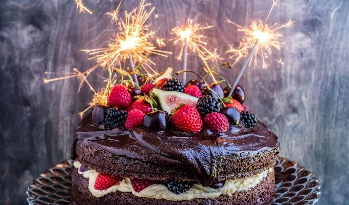Chocolate Cherry Bailey's Cake