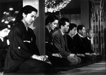 "Kyōko Kagawa in ""Tokyo Story"". Actress Setsuko Hara is just to the right of the pillar."