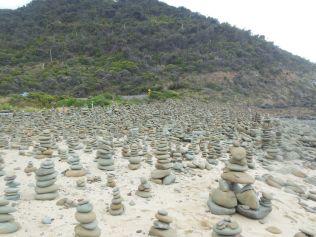 Steintürme am Strand der Great Ocean Road