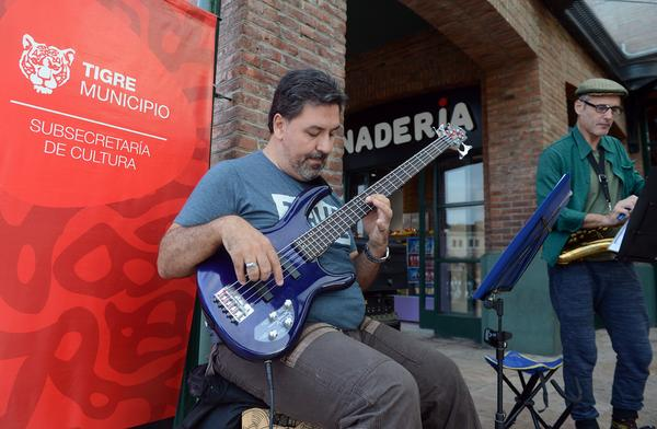 Tigre jazz y blues Escalandrum interna 1 Bianchini- Azzi