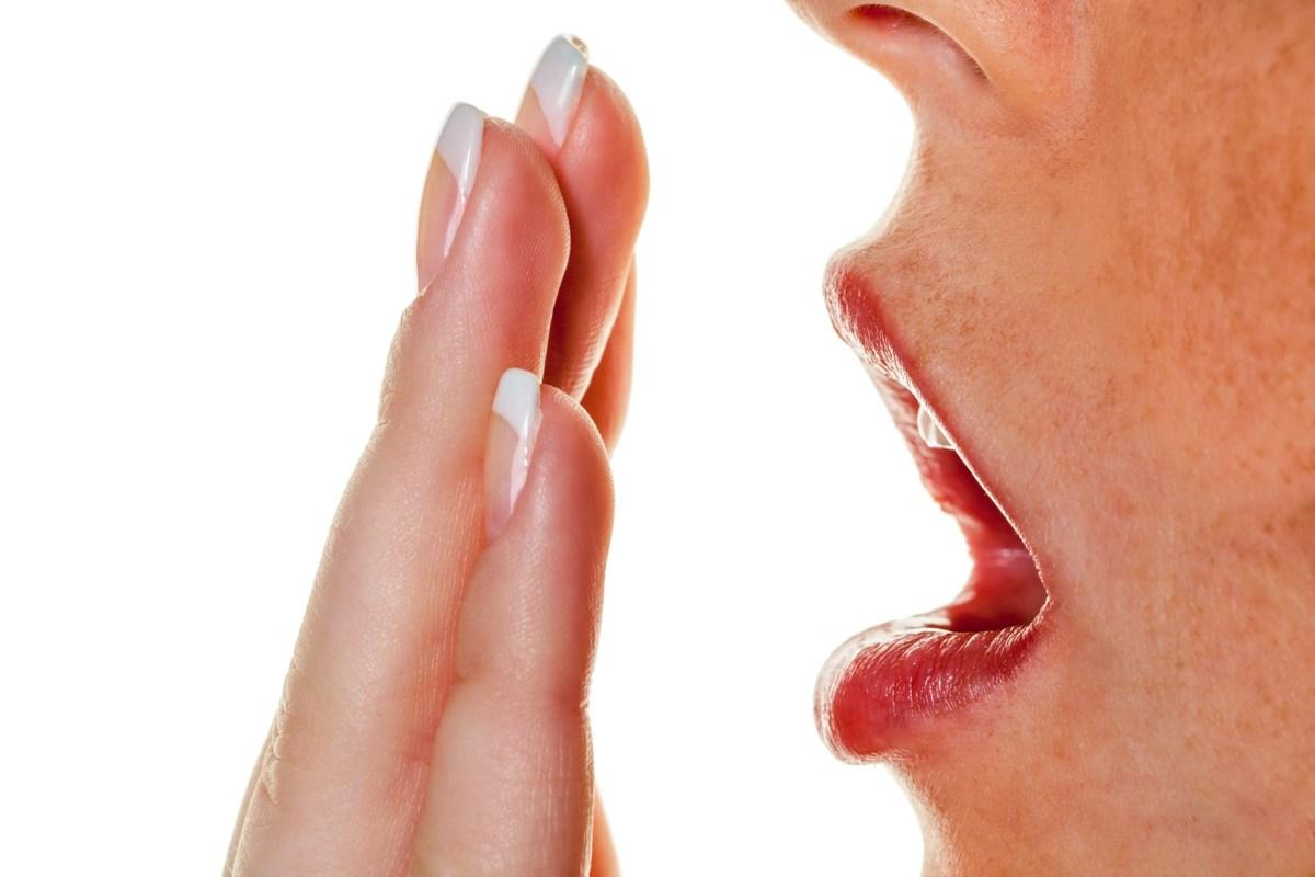 Menghindari Bau Mulut Selama Berpuasa, Ini Tipsnya