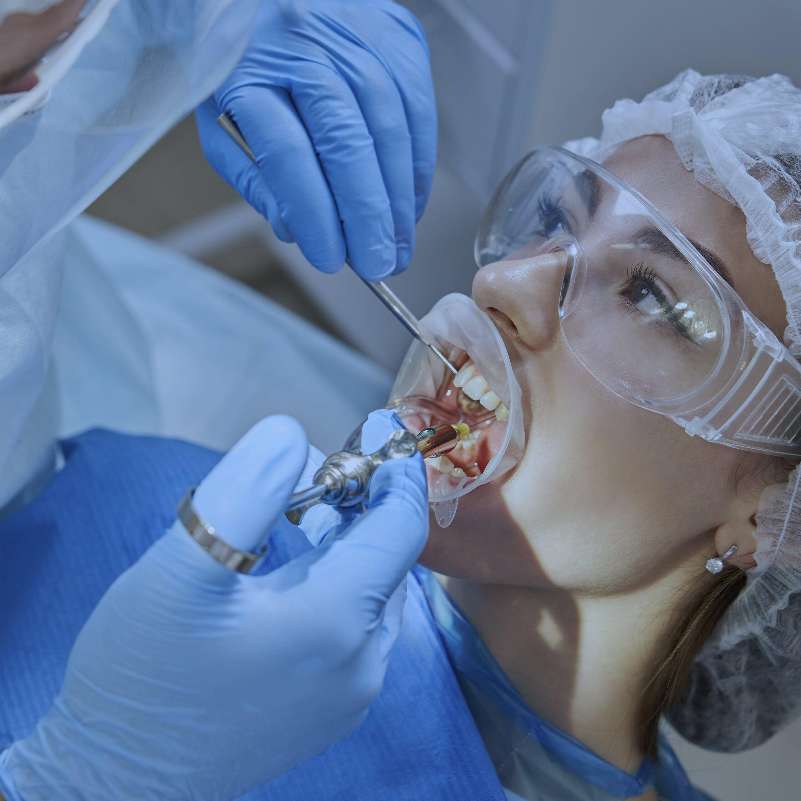 inyectables dentales [object object] Uso de vasoconstrictores en pacientes con Diabetes Mellitus inyeccion min scaled