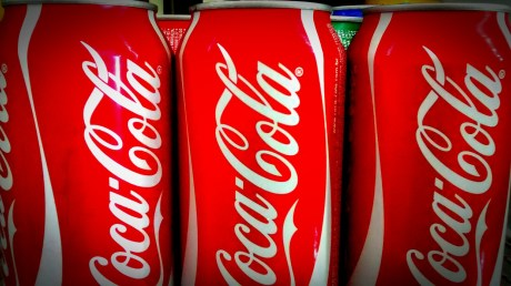 coca-cola-2160843_1920.jpg