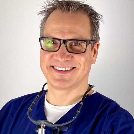 Dr. Dirk Lindner: Zahnarzt in Köln