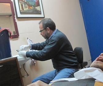 una-mala-practica-muy-comun-entre-los-malos-dentista