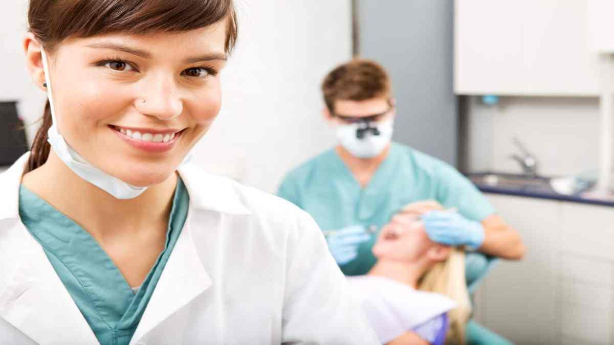 Choosing Dental Hygiene as a Career Gainesville FL