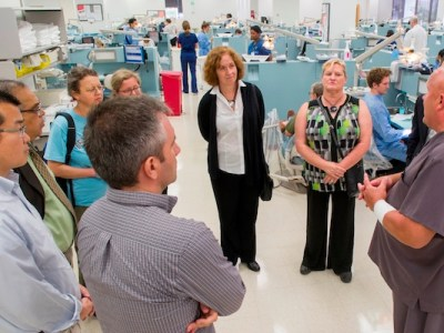 College of Science Tour visits College of Dentistry