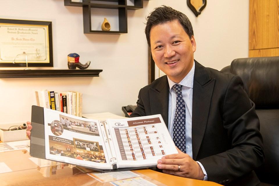 Dr. Aaron Cho