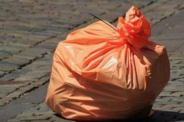 Nadie quiere la basura de nadie. Vallecas toma la calle