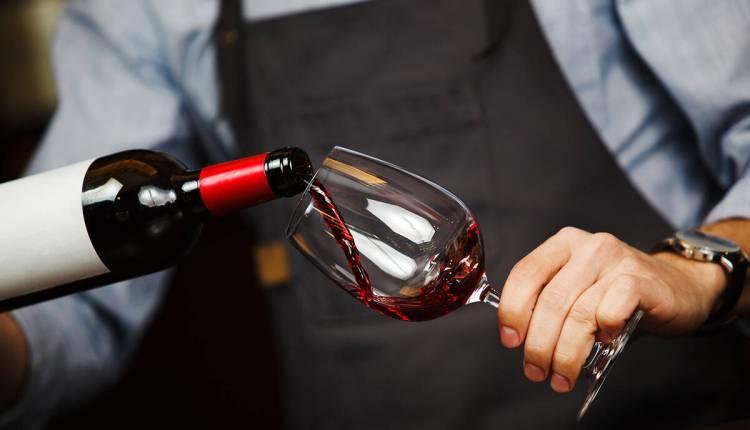 15551887_web1_BCR-Best-Bets-wine-walk-MAR12-20.jpg