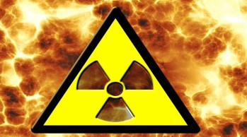 radioactivity-66774_1920 (Custom)