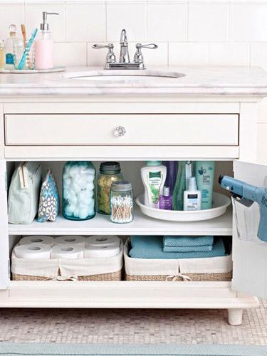 organize-master-bathroom-s3-large_new