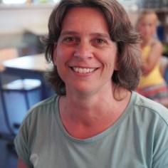 Juf Ingeborg (unit 2)Ik ben leerkracht, omdat ik het fijn vind om kinderen dingen te leren, hen daarbij te begeleiden en zo ieder kind op zijn eigen tempo te laten ontwikkelen.