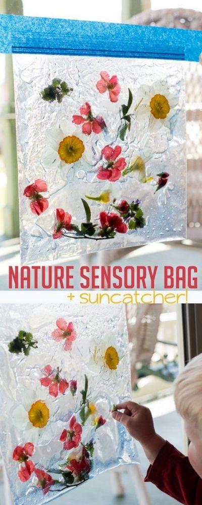 bolsa sensorial con flores y hojas