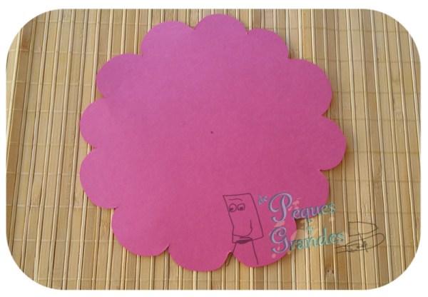 cartulina rosa recortada