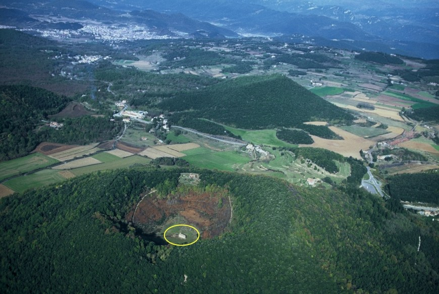 parque natural zona volcanica garrotxa volcan