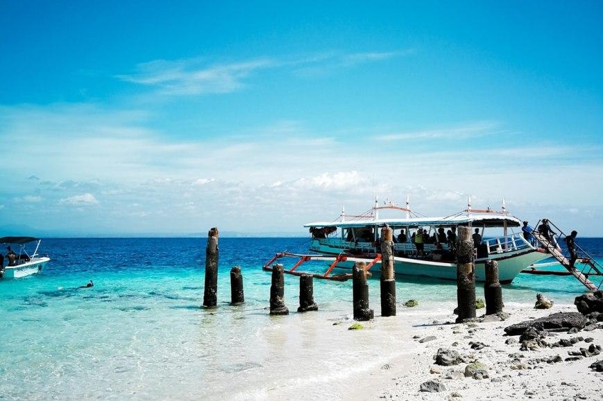 playa vacaciones ruta salida escapada barco azul paraiso